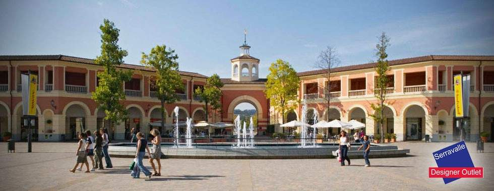 Serravalle outlet milanocard for Outlet near milan